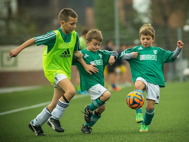 Förderung von Jugendfußball bei Carsten Gaiser - hier Kids beim Fußball